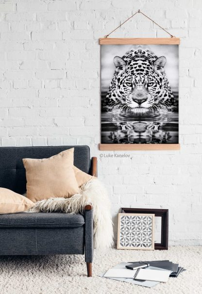 Leopard black and white print