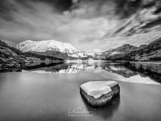 Frozen mountain lake photography