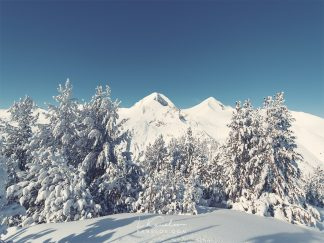 Snowy mountains photography