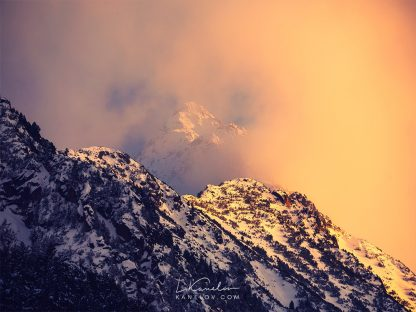 Snowy mountain sunset photography